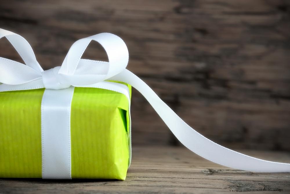 shutterstock_-green-gift